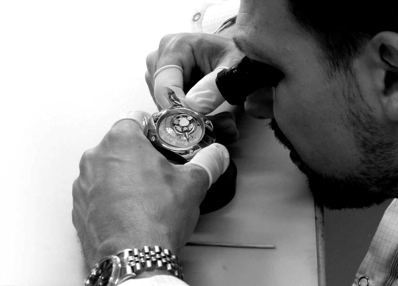 De la finesse d'un habillage haute horlogerie à la technicité d'une montre sportive :